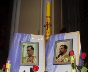 Священники Виктор Бетанкур и Отто Мессмер